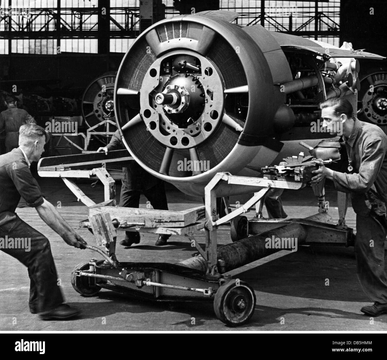events, Second World War / WWII, Germany, armaments industry, German aircraft engine Jumo 211 for a medium bomber - Stock Image
