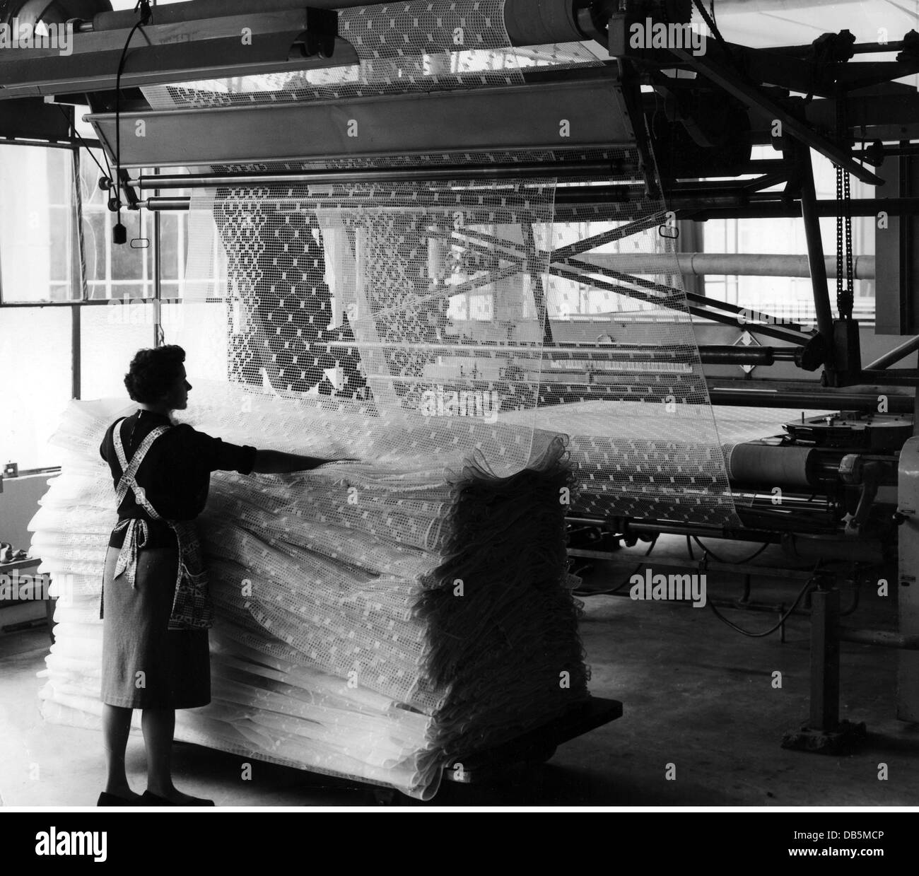 industry, textile industry, worker in textile factory, Germany, circa 1950s, , Additional-Rights-Clearences-NA - Stock Image