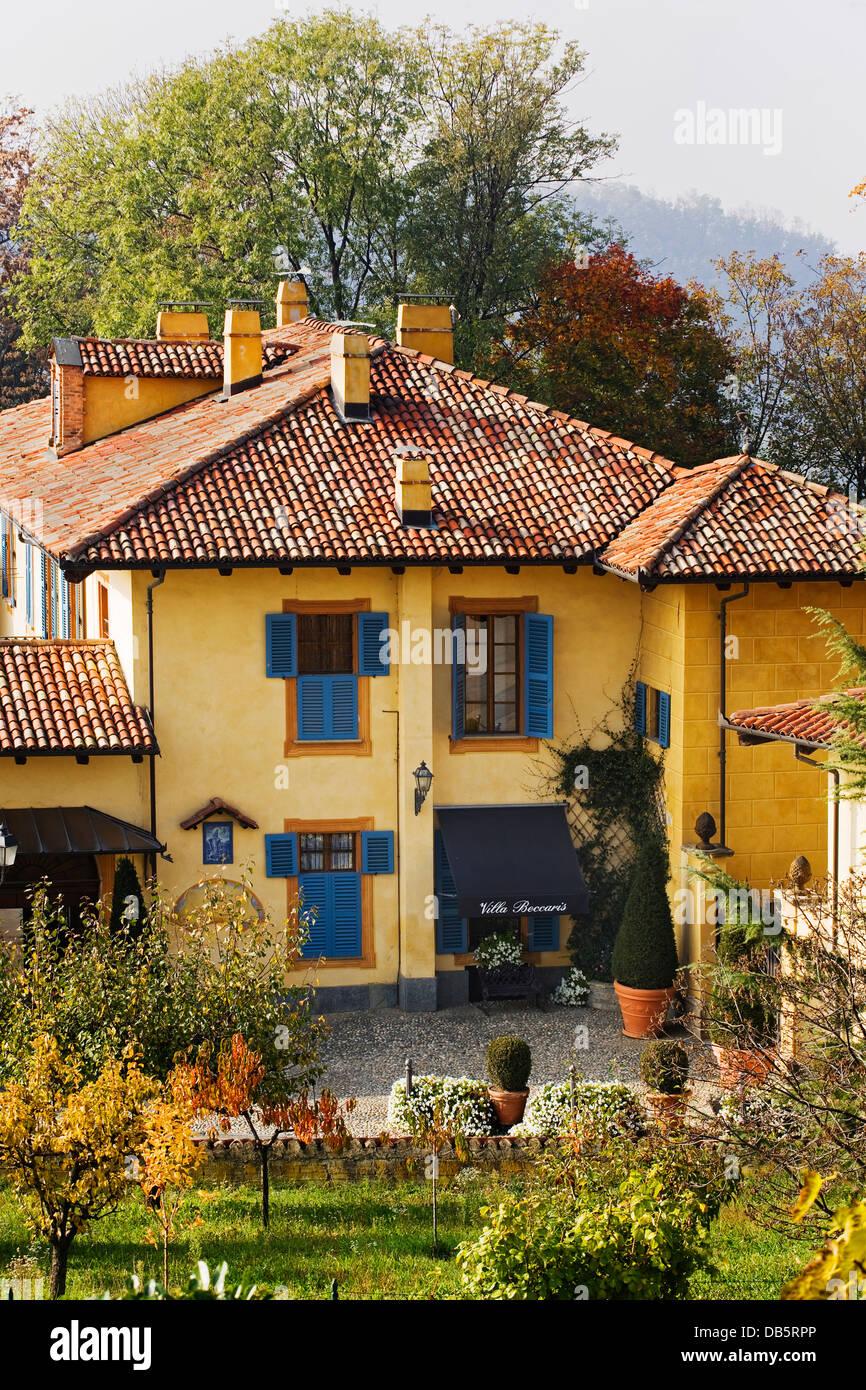 Italy, Piedmont, Monforte d\'Alba, Villa Beccaris relais, the facade ...