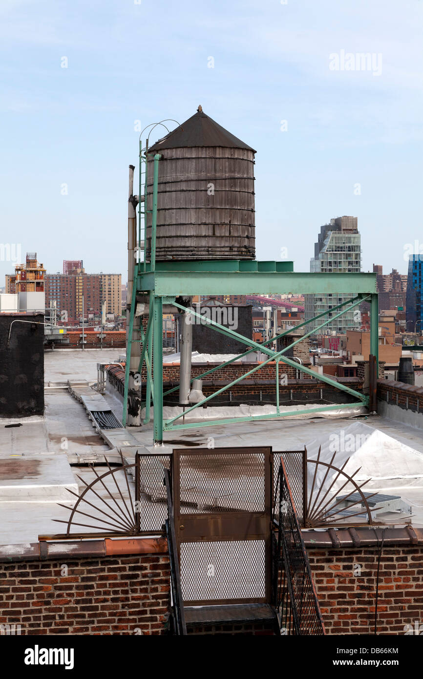 Water storage tank on a roof in New York City - Stock Image