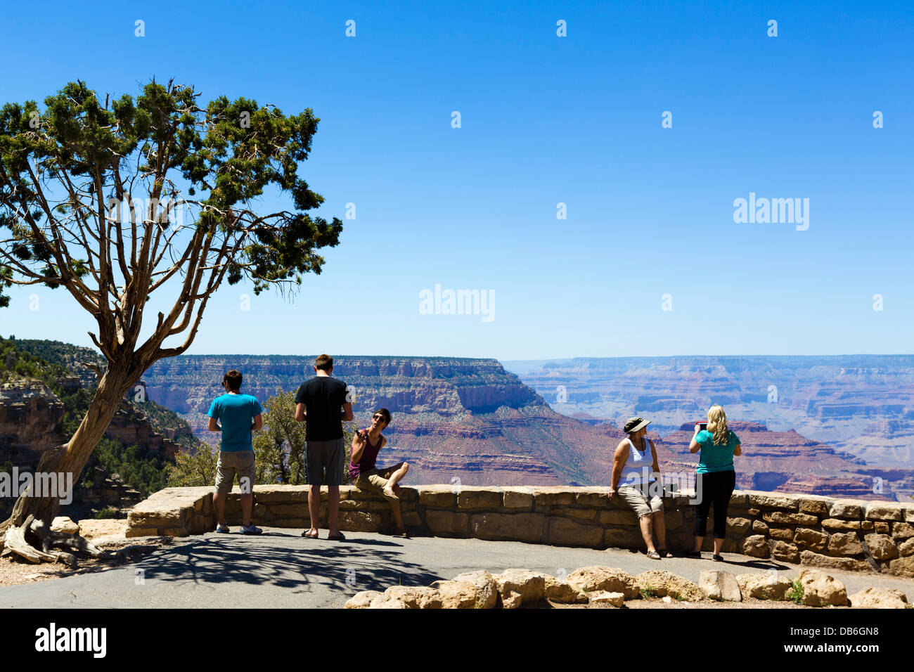 Tourists at the lookout at Grandview Point, South Rim, Grand Canyon National Park, Arizona, USA - Stock Image