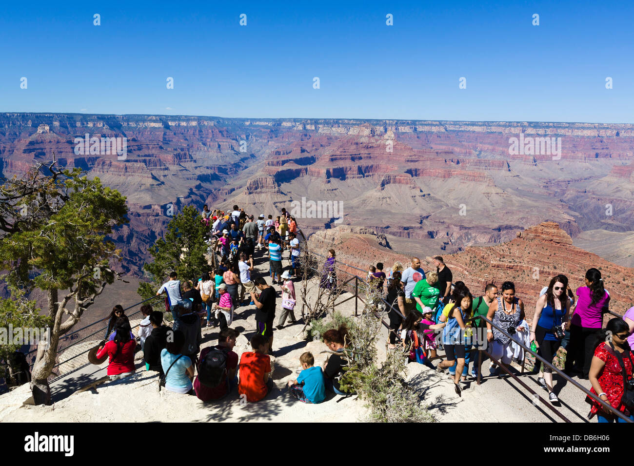 Crowd of tourists at Mather Point Lookout, South Rim, Grand Canyon National Park, Arizona, USA - Stock Image