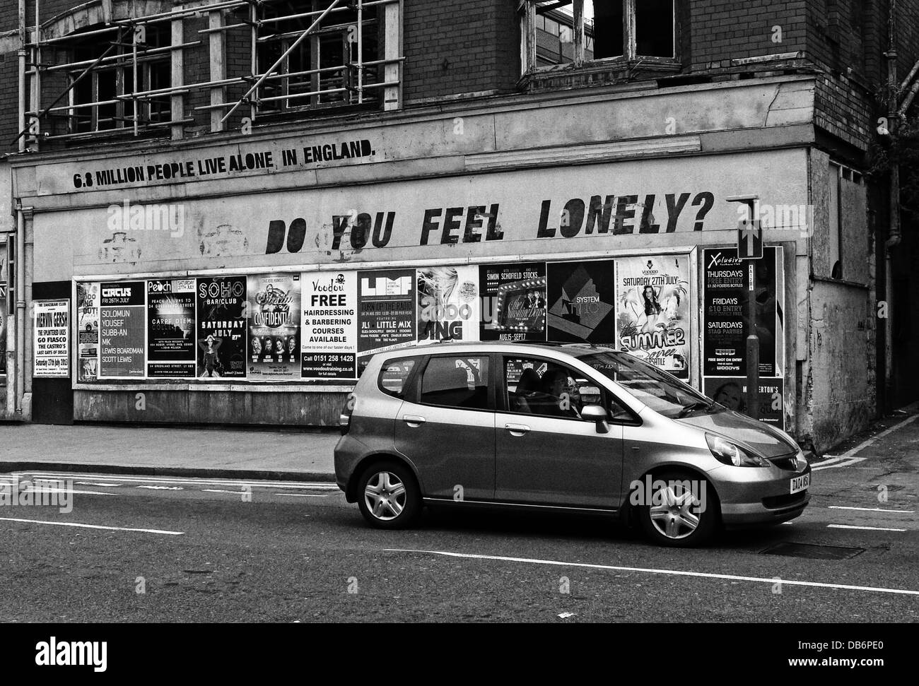 Samaritans, Do You Feel Lonely, Liverpool street, Merseyside, North West England, UK, L1 - Stock Image