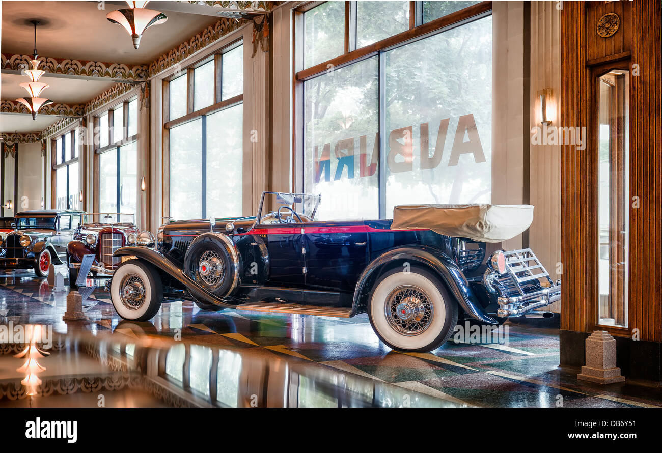 A row of Auburns on the showroom floor of The Auburn Cord Duesenberg Museum,Auburn Indiana - Stock Image