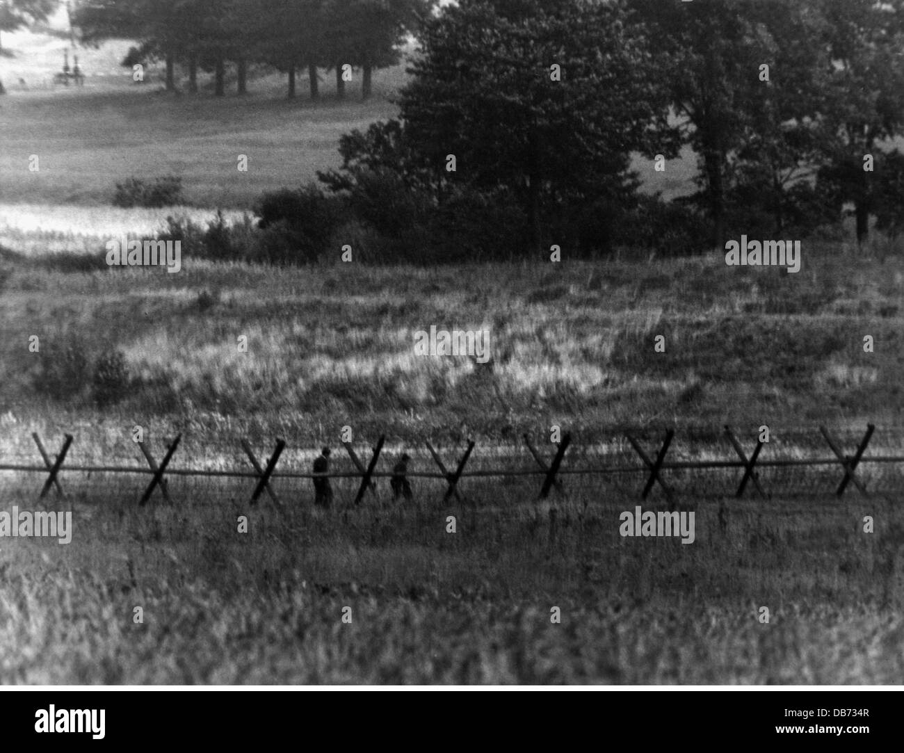 geography / travel, Germany, borders, inner German border, barbed-wire entanglement, East-Germany, 1960s, Additional - Stock Image