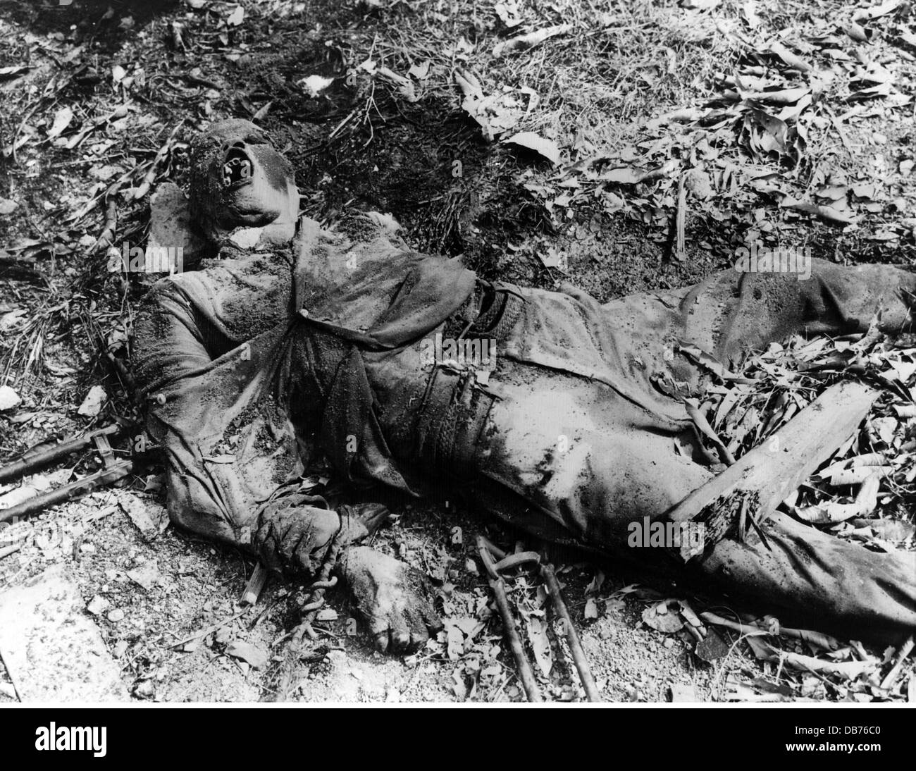 Second World War / WWII, Southeast Asia, Philippines, rotting corpse of a civilian tied and shot by the Japaneses, - Stock Image