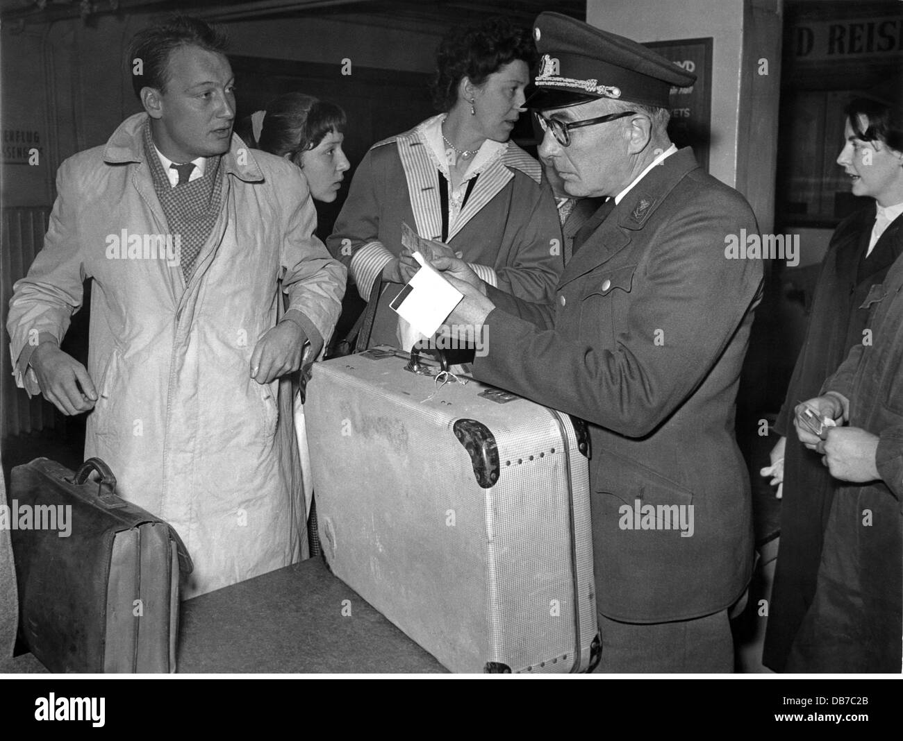 borders, customs, customs clearance, airport Hamburg, late 1950s, Additional-Rights-Clearences-NA - Stock Image