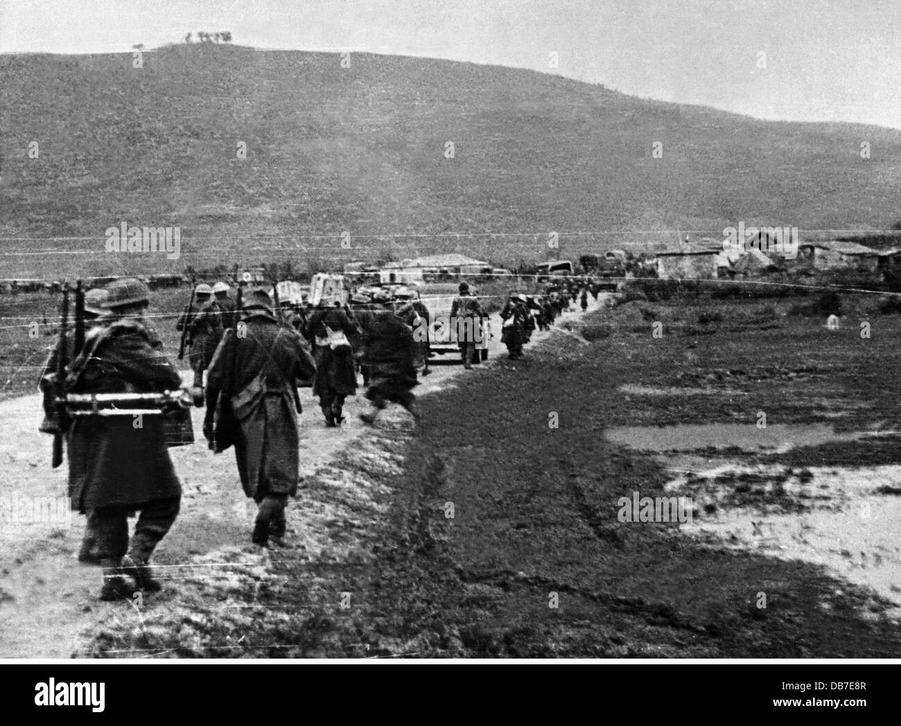 Greek Civil War 1946 - 1949, government troops on the way to the front along the road from Yannina to Konitsa, 12.1.1948, - Stock Image