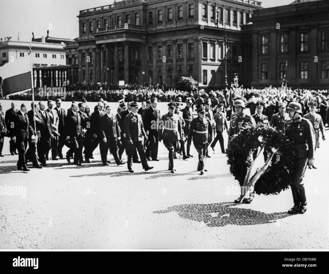 Nazism / National Socialism, event, meeting of the frontline soldiers, Unter den Linden, Berlin, wreath-laying ceremony - Stock Image