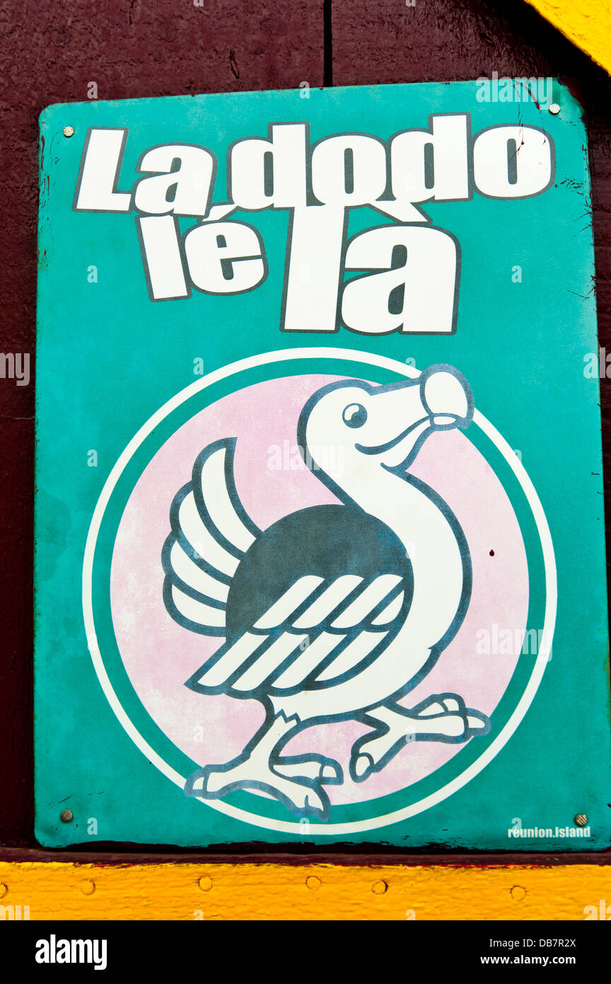 Advertising sign for a beer brand with the inscription 'La dodo lé là' - Stock Image