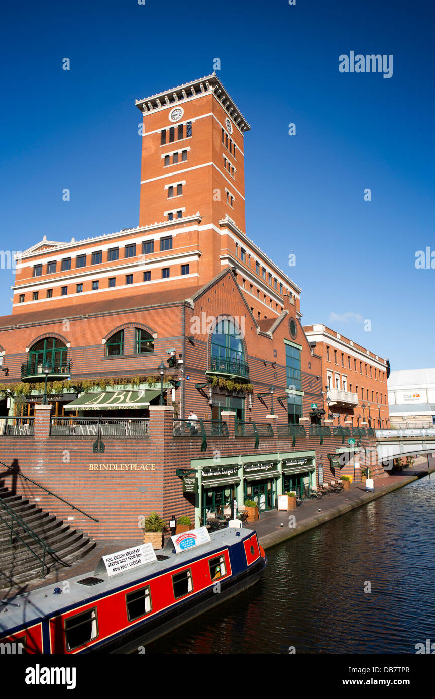 UK, England, Birmingham, Brindley Place, narrowboat cafe on Birmingham Canal Navigations Main Line - Stock Image