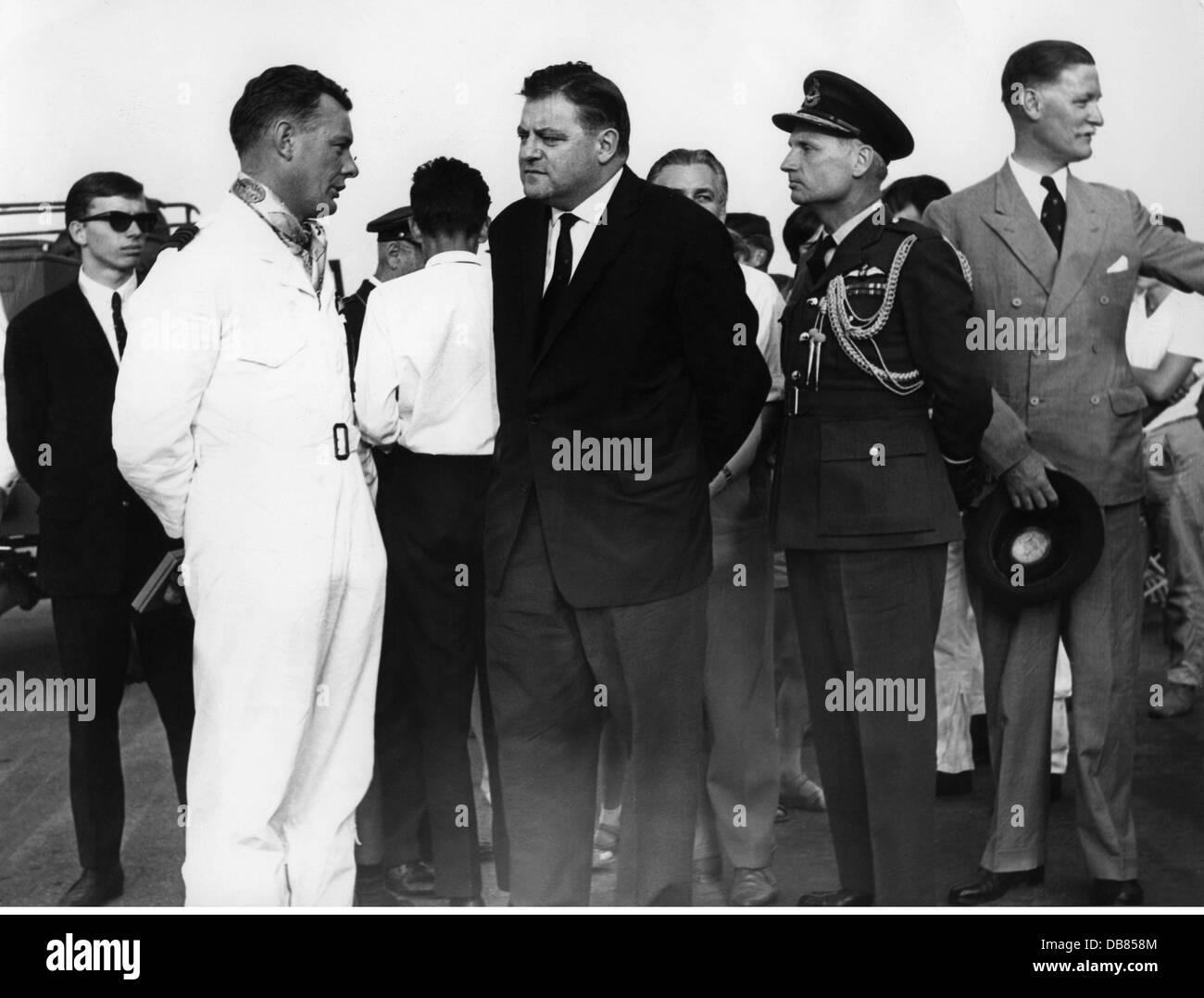 Strauss, Franz Josef, 6.9.1915 - 3.10.1988, German politician (CSU), Federal Minister of Defence 16.10.1956 - 9.1.1963, - Stock Image