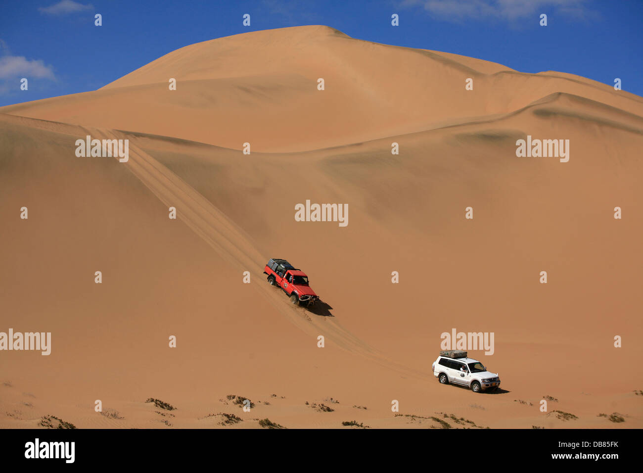 offroad driving in the sand dunes of the Namib Desert, Namibia - Stock Image