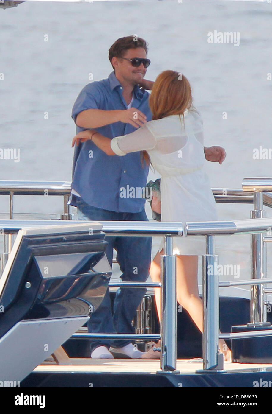 Leonardo Dicaprio Gives Blake Lively A Hug Aboard Steven Spielbergs