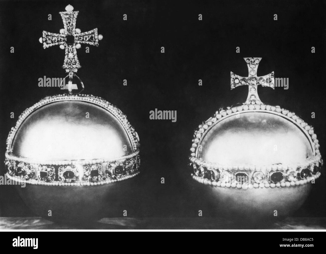 crowns / crown jewels, Great Britain, imperial orbs of the king and the queen, manufactured for Charles II (1630 - Stock Image