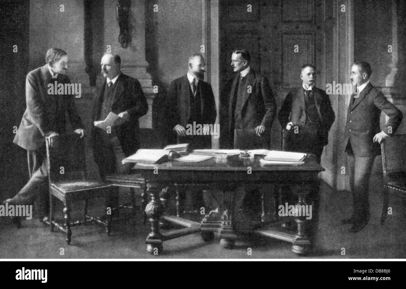 the treaty of versailles as one of the reasons behind germanys economic crisis and the success of hi The german economy c1919-1929 economic effects of the treaty of versailles with the economy in ruins, and the allies claiming reparations and taking control of industry, goods became difficult to obtain and therefore very expensive.