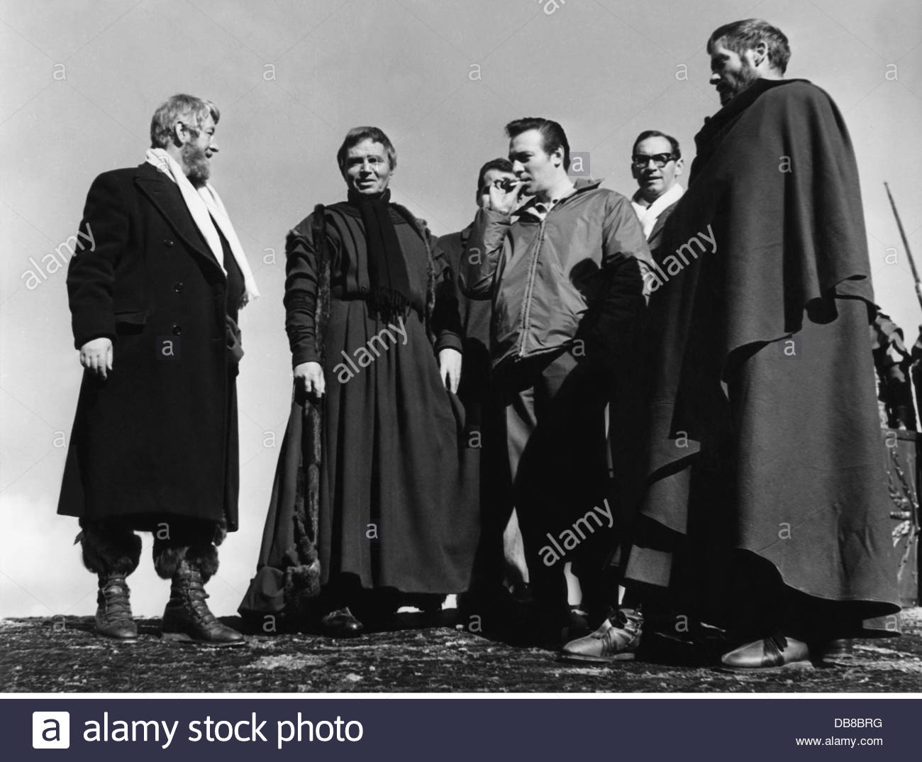 """Guinness, Alec, 2.4.1914 - 5.8.2000, British actor, during of the shooting of the movie """"The Fall of the Roman Empire"""", Stock Photo"""