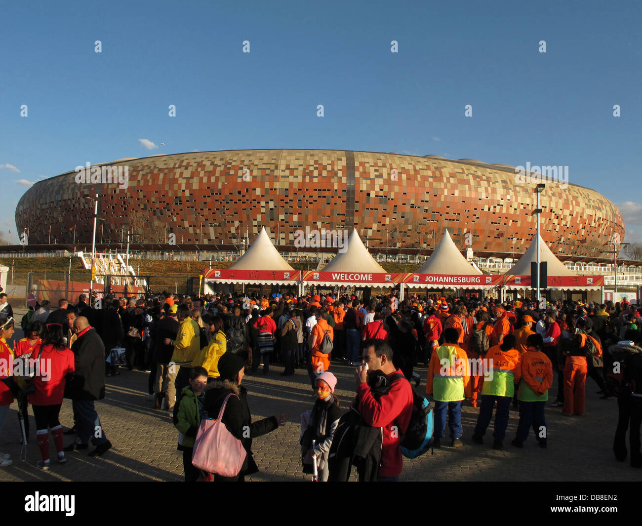 crowds arrive final Soccer City stadium FNB Stadium in Soweto in Johannesburg 2010 FIFA World Cup Soccer in South - Stock Image