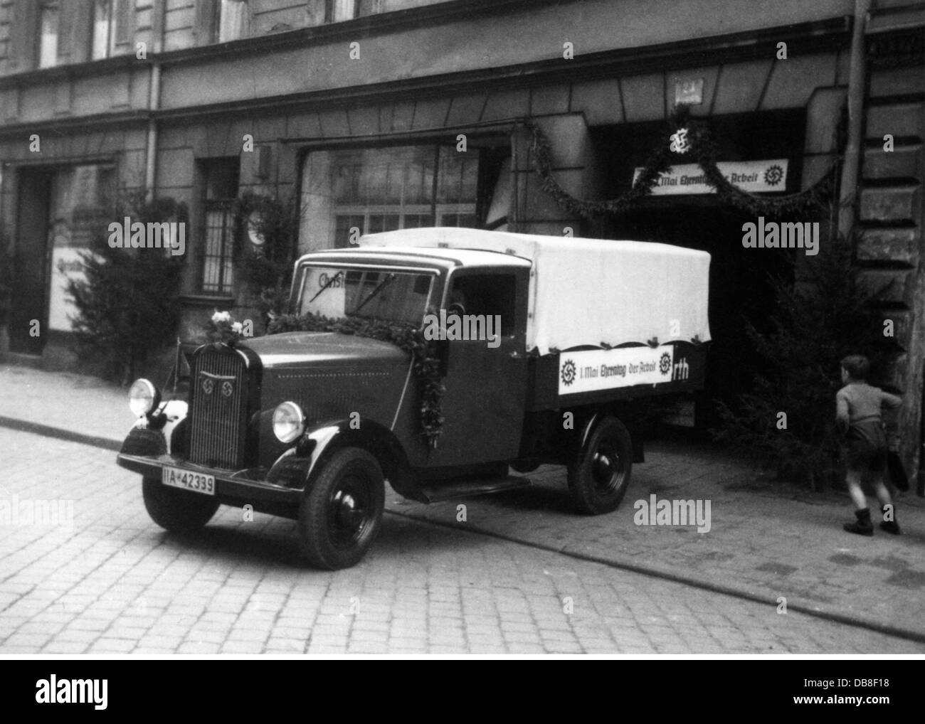 Nazism / National Socialism, holidays, Labour Day, decorated transporter Mercedes-Benz L 1000 Express of the meat - Stock Image