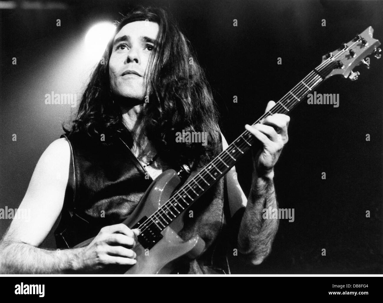 Pereira, Heitor, * 29.11.1960, Brazil musician, guitarist, half length, during stage performance, Montreux, 1994, Stock Photo