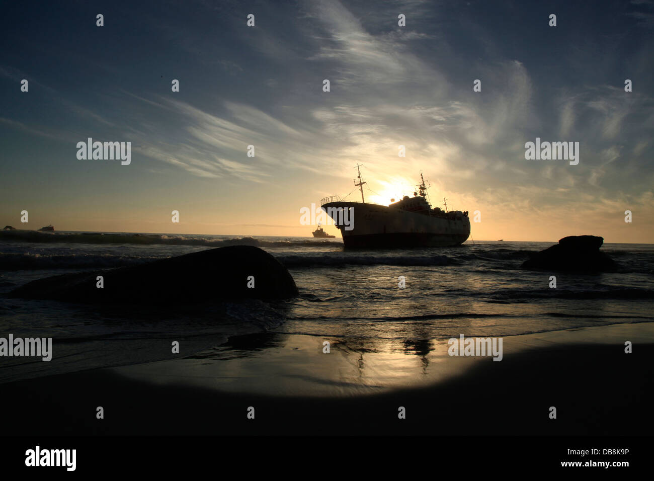 fishing trawler shipwreck off Clifton Beach in Cape Town - Stock Image