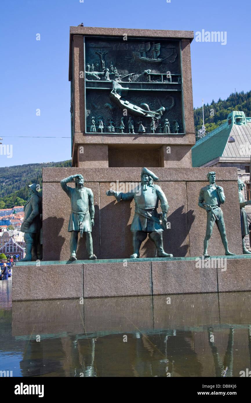 Bergen Norway Europe Sailors Monument on busy pedestrianised Torgallmenningen tribute to Norwegians seafaring past - Stock Image