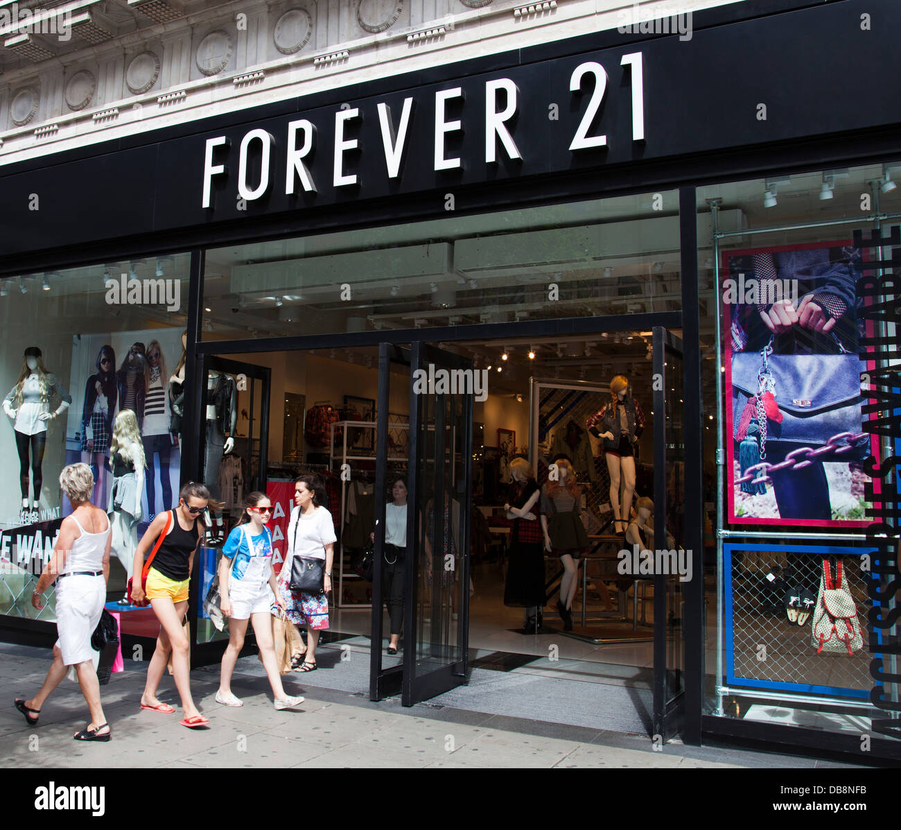 The Forever 21 store, Oxford Street, London. - Stock Image