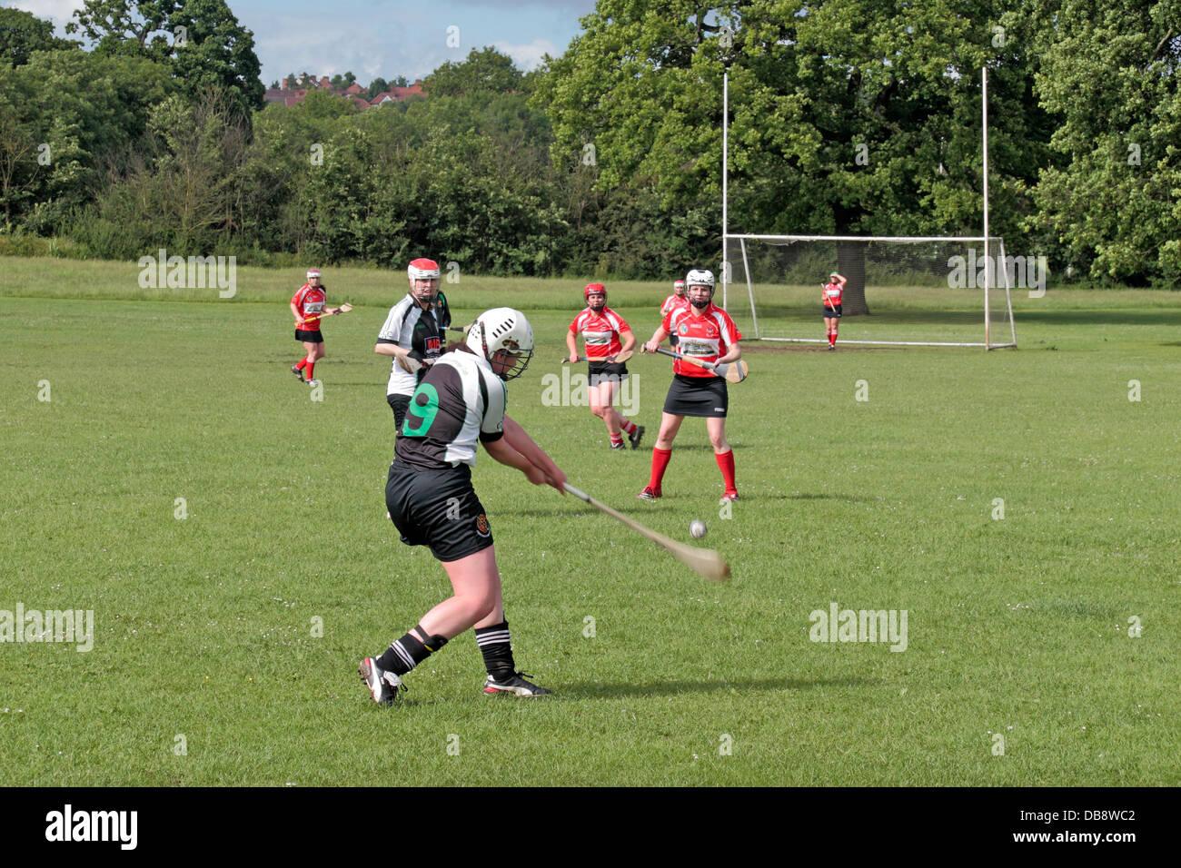 Hurling Deutsch