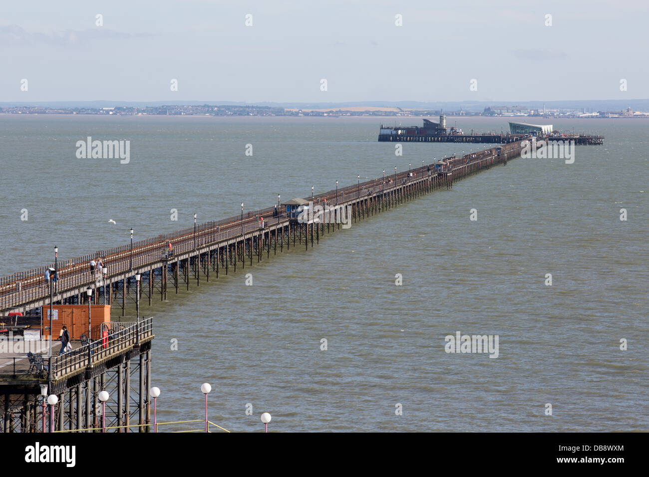 25TH JULY 2013 SOUTHEND-ON-SEA. Southend PIER into the RIVER THAMES - Stock Image