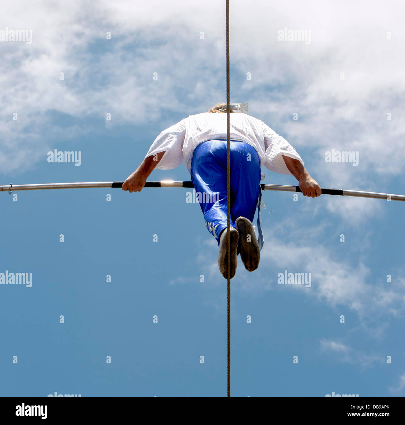 Butte, Montana, USA. 25th July, 2013. RICK WALLENDA takes a 700-foot, high wire walk up Main Street during the 12th - Stock Image