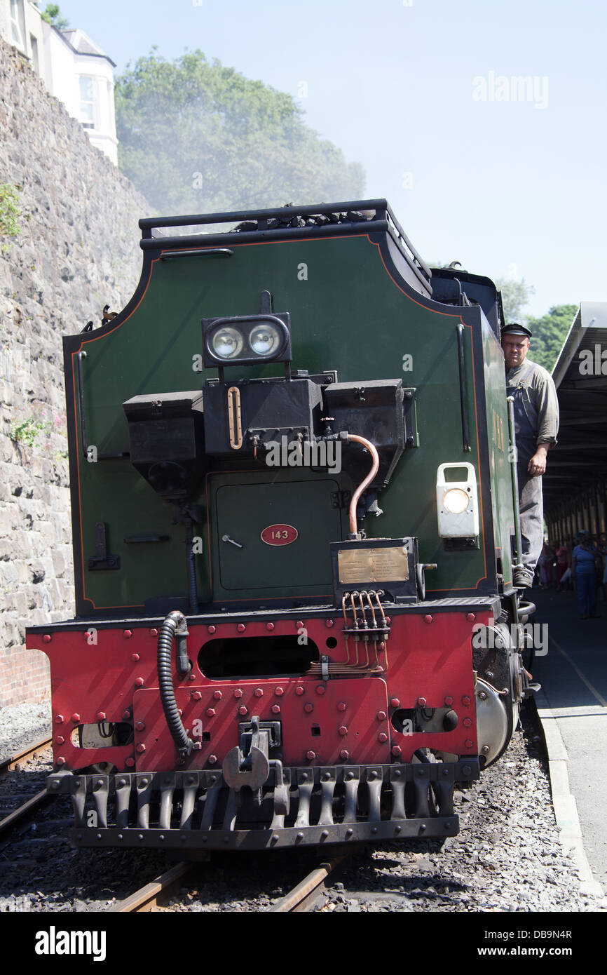 Welsh Highland Railway, Wales. The 1958 narrow gauge Beyer, Peacock and Company built steam locomotive. - Stock Image