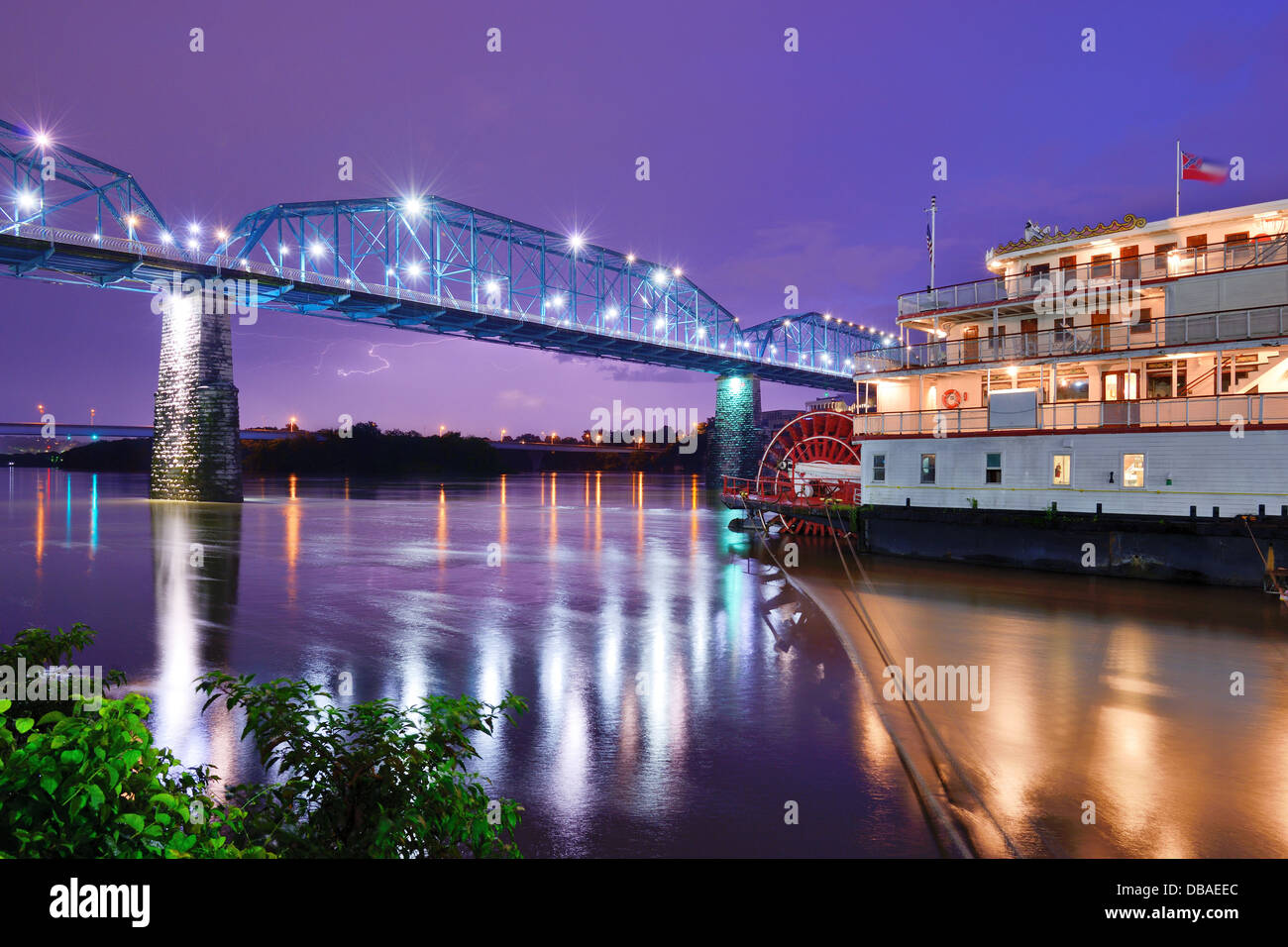 Showboat on the Tennessee River in Chattanooga, Tennessee. - Stock Image