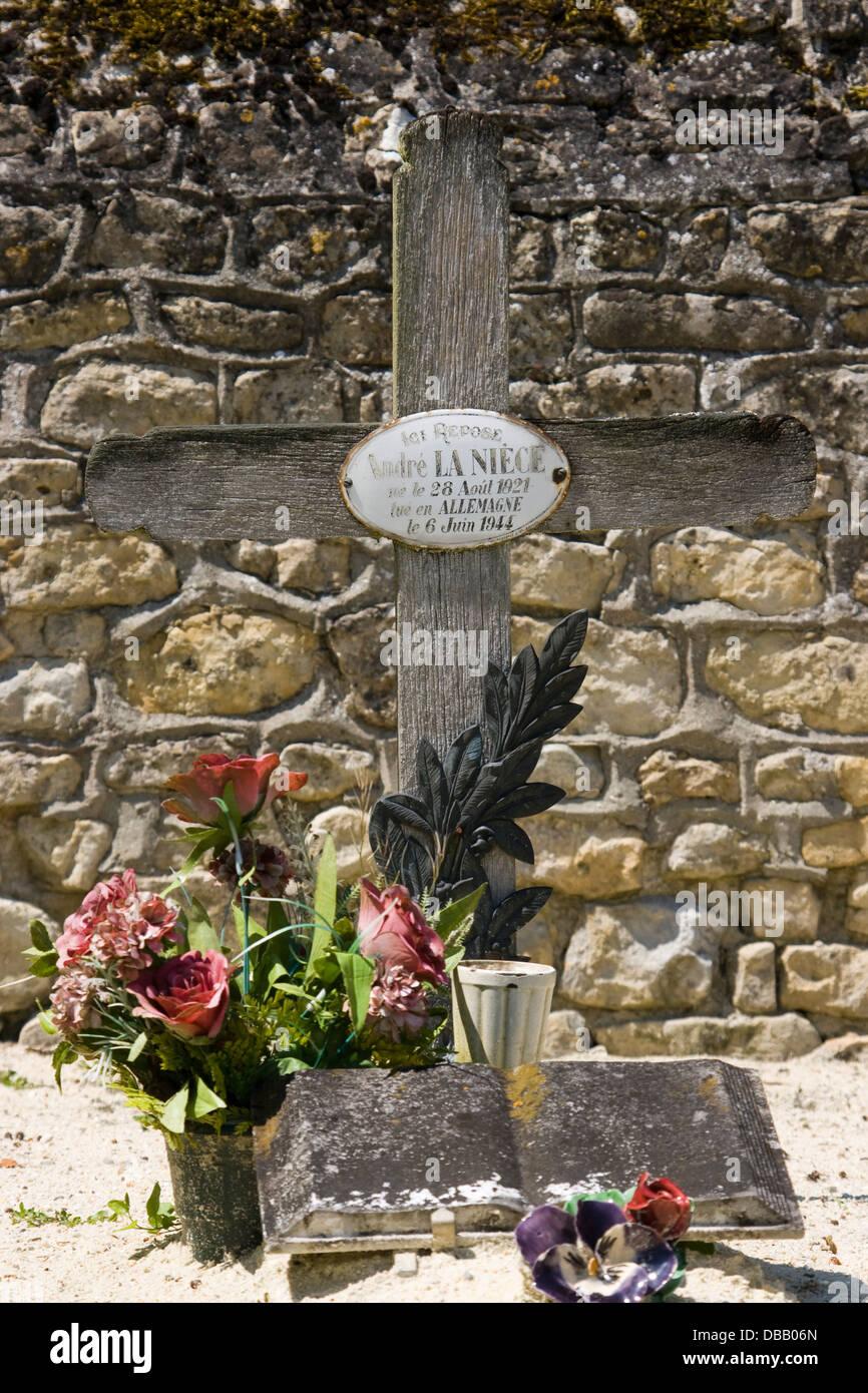 Grab von André La Niece im Friedhof von Barbeville Stock Photo