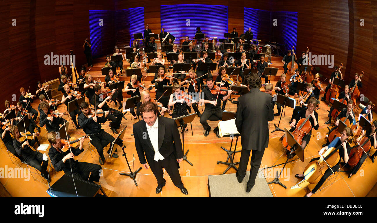 The 'Young Philharmonic Orchestra Jerusalem Weimar' performs in Weimarhalle inWeirmar, Germany, 27 - Stock Image