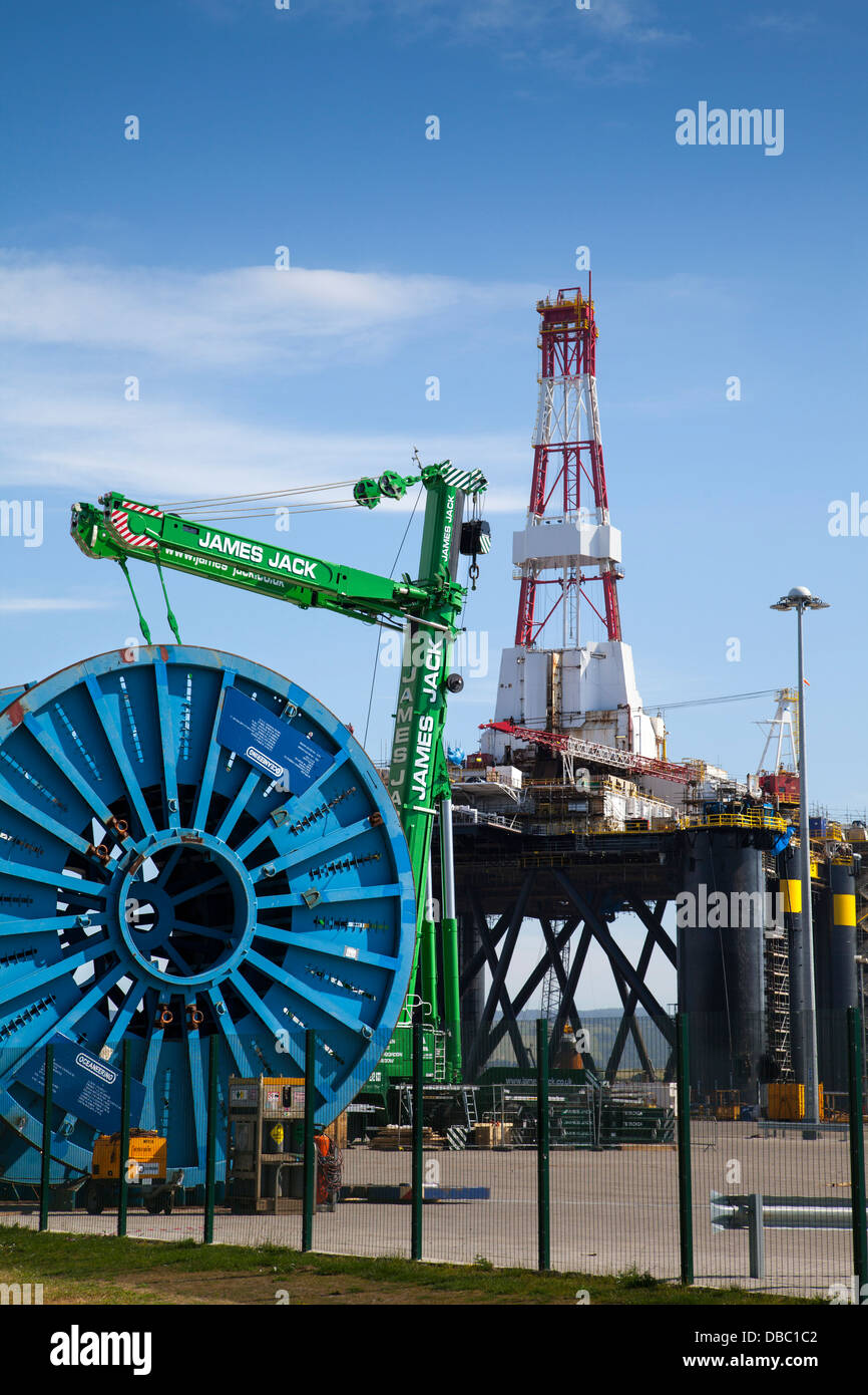 Sedco 712 Rig owned by Transocean Inc. a Semisub drilling rig at Invergordon, Cromarty Firth, Scotland, UK - Stock Image