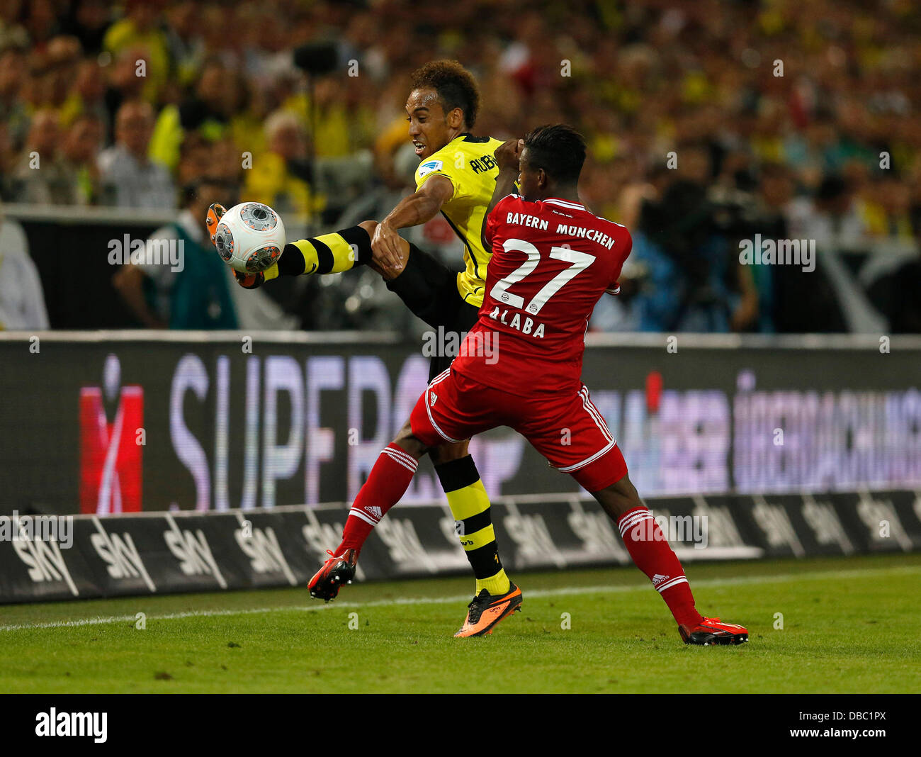 Fußball, Bundesliga, DFL-SuperCup am 27.07.2013 im Signal-Iduna Park in Dortmund Borussia Dortmund - FC Bayern - Stock Image