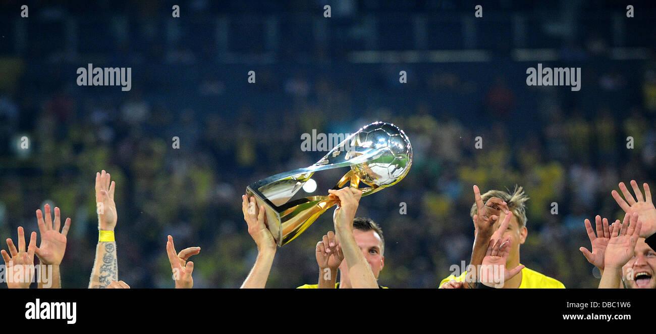 Fußball Supercup: Borussia Dortmund - FC Bayern München am 27.07.2013 im Signal-Iduna-Park in Dortmund - Stock Image