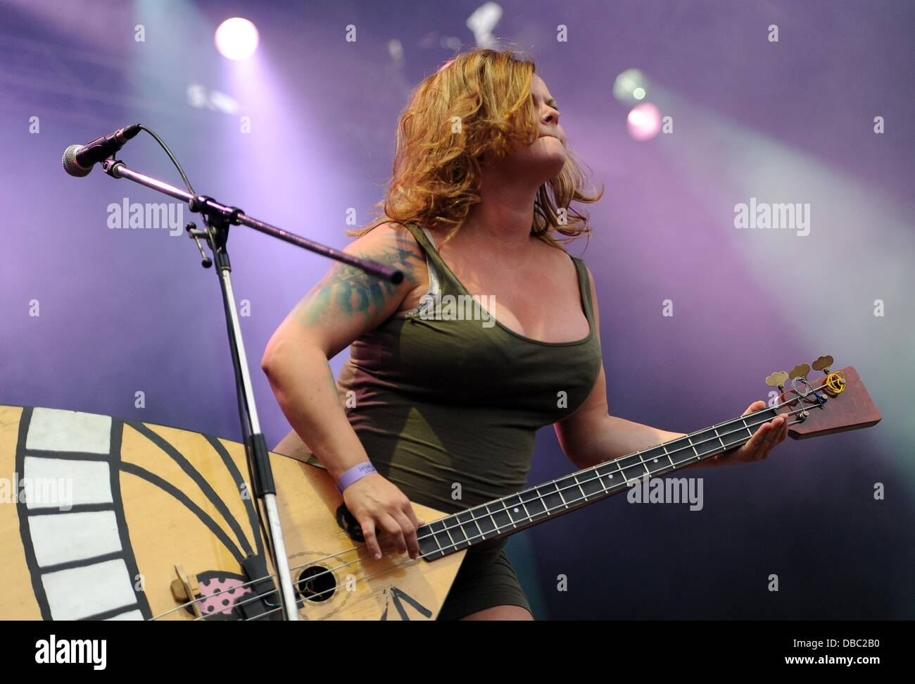 Marianne Sveen of the Norwegian band Katzenjammer is pictured on a stage of the Greenville Festival in Paaren im - Stock Image