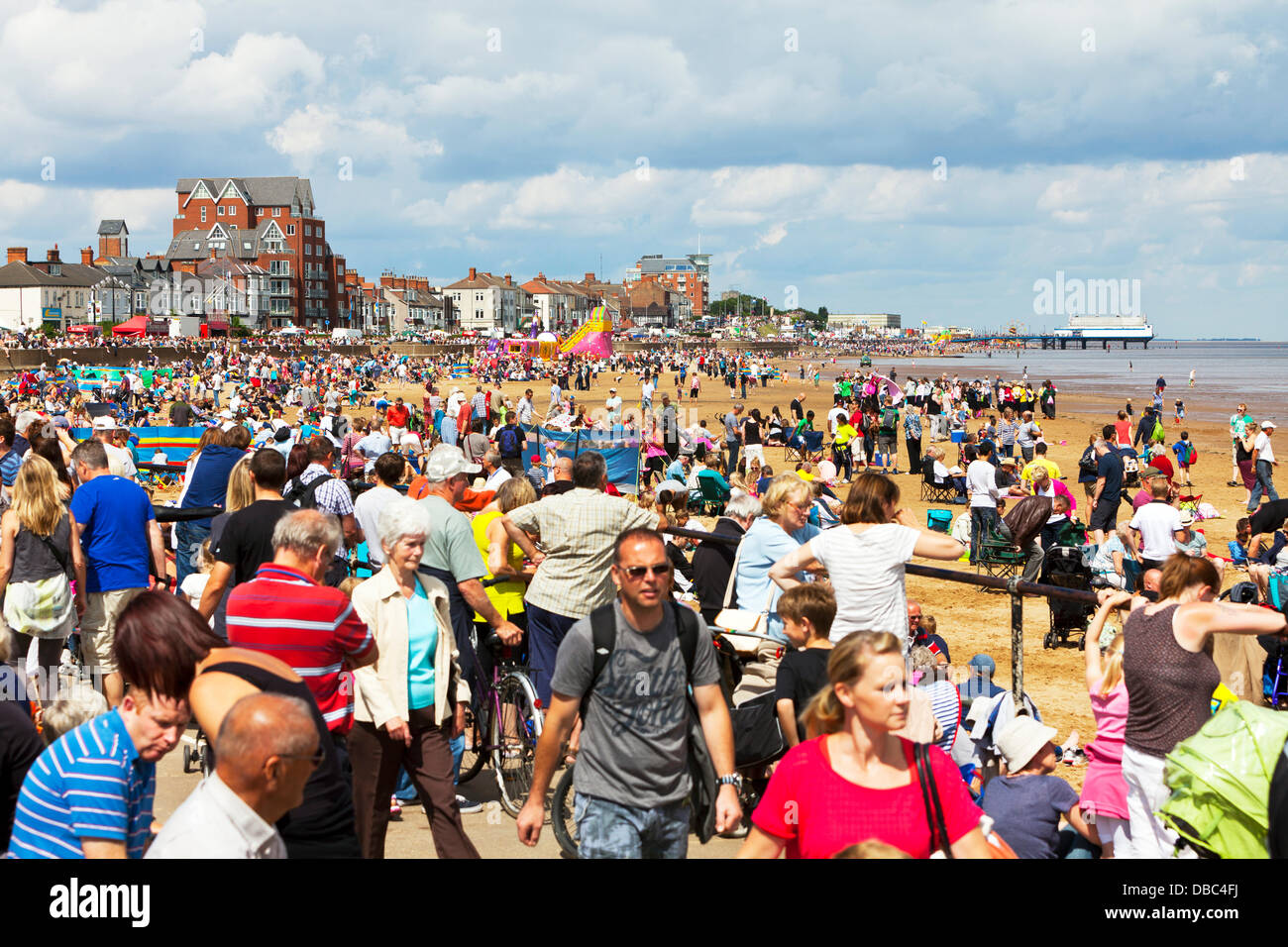 Cleethorpes, UK. 28th July, 2013. beach front very busy on the  sand with crowds at the coast Credit:  Paul Thompson - Stock Image
