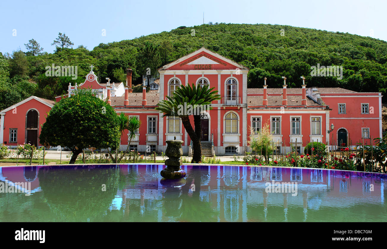The once popular hydrotherapy clinic situated on a dormant volcano in Coucos, Torres Vedras. Portugal. - Stock Image