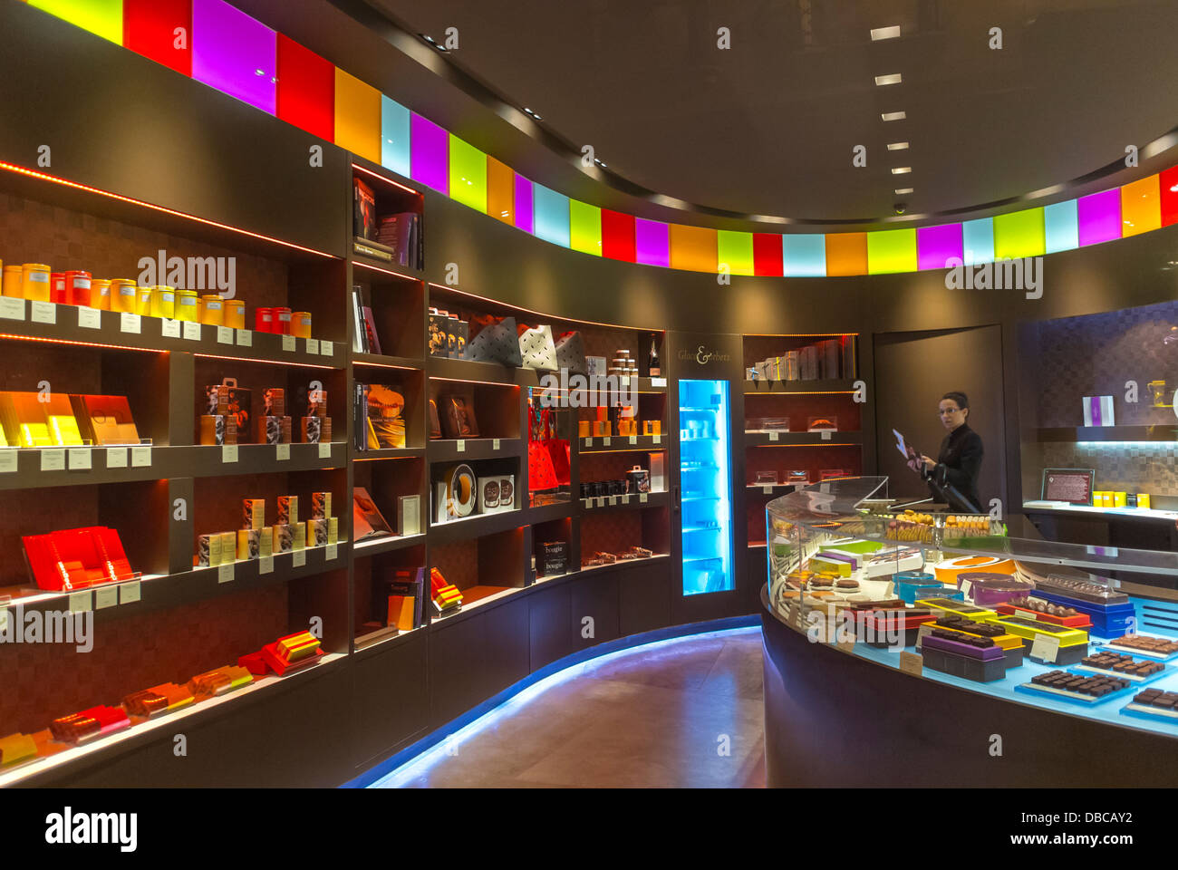 Paris, France, Inside French Chocolate and Macaroon Bakery Shop, 'Pierre Herme', (in the Marais), Chocolatier, - Stock Image