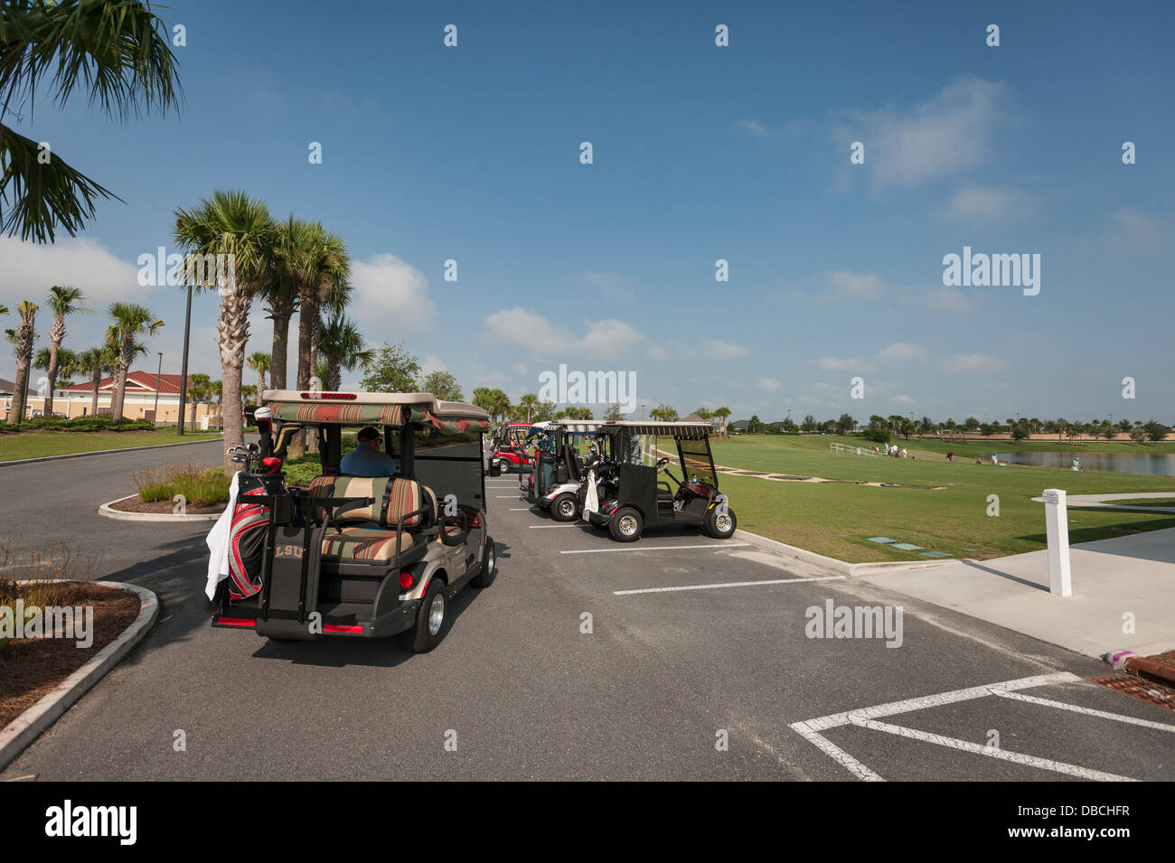 Golf Carts Near The Villages Fl Elegant Paddywagon A Stretched Cart Parked On Roadside In Html on
