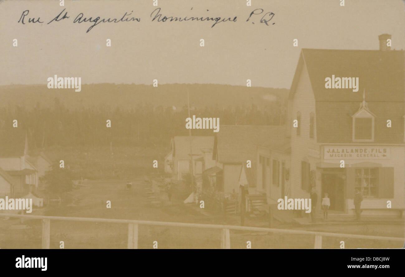 Rue St Augustin, Nominingue, PQ (HS85-10-19367) - Stock Image