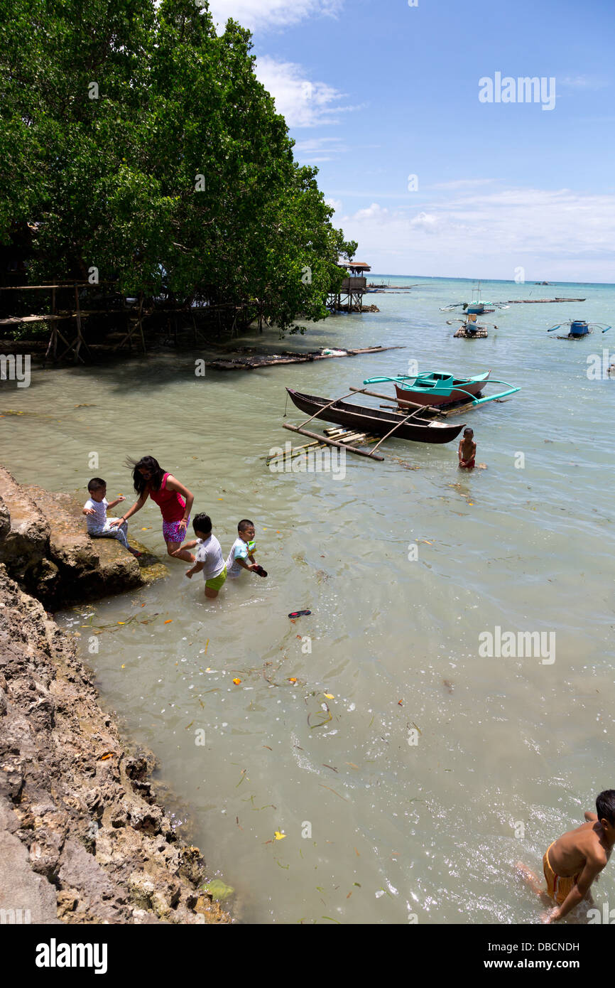 View onto the Ocean at in Tagbilaran on Bohol Island, Philippines - Stock Image