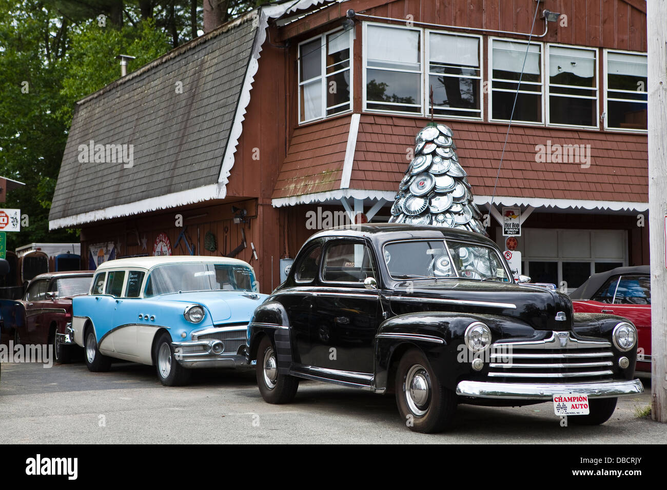 A Used Car Dealer Stock Photos & A Used Car Dealer Stock Images - Alamy