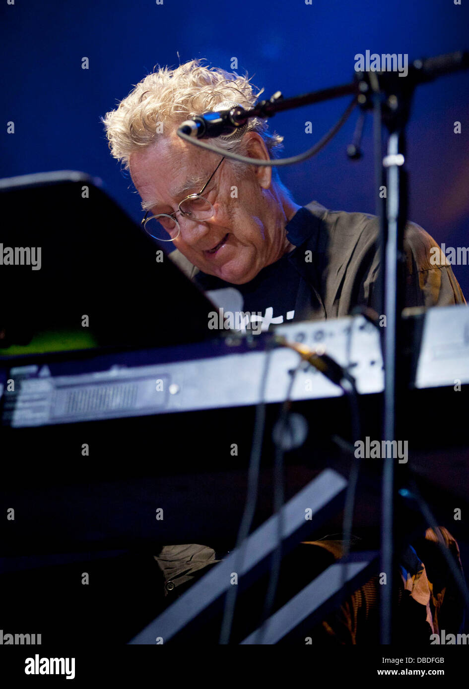 Ray Manzarek Former keyboardist for The Doors Ray Manzarek and Legendary blues guitarist Roy Rodgers perform  sc 1 st  Alamy & Ray Manzarek Former keyboardist for The Doors Ray Manzarek and Stock ...