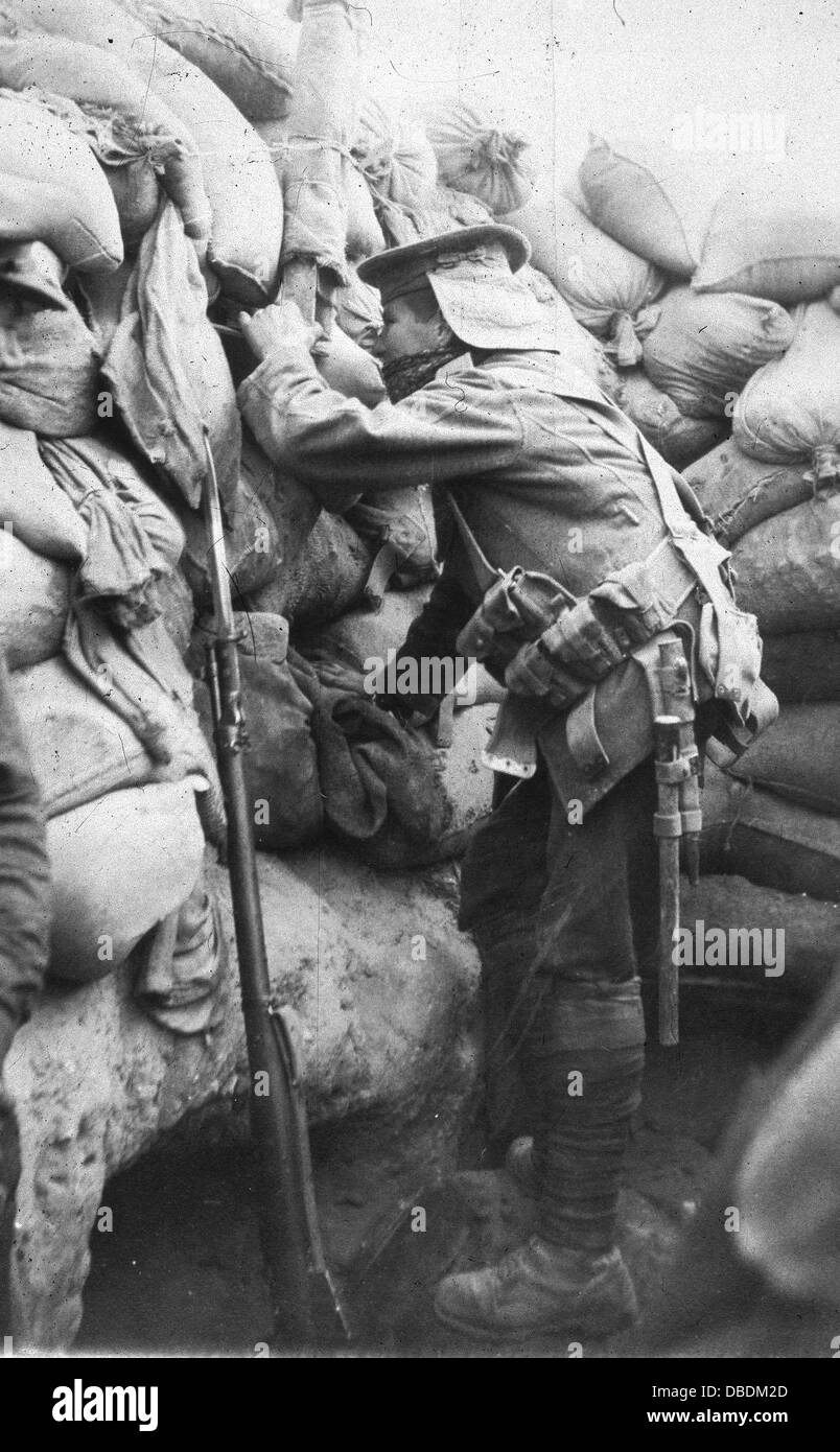 A Grerat War Royal Navy sailor in the trenches at Gallipoli - Stock Image