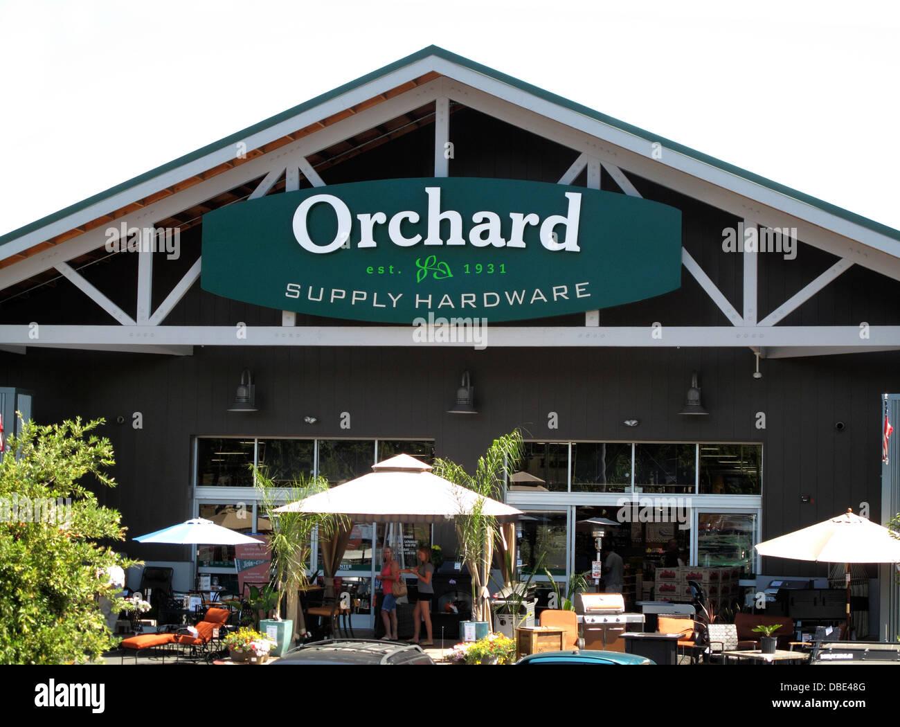 Orchard Supply Hardware Store At Princeton Plaza In San Jose, California    Stock Image