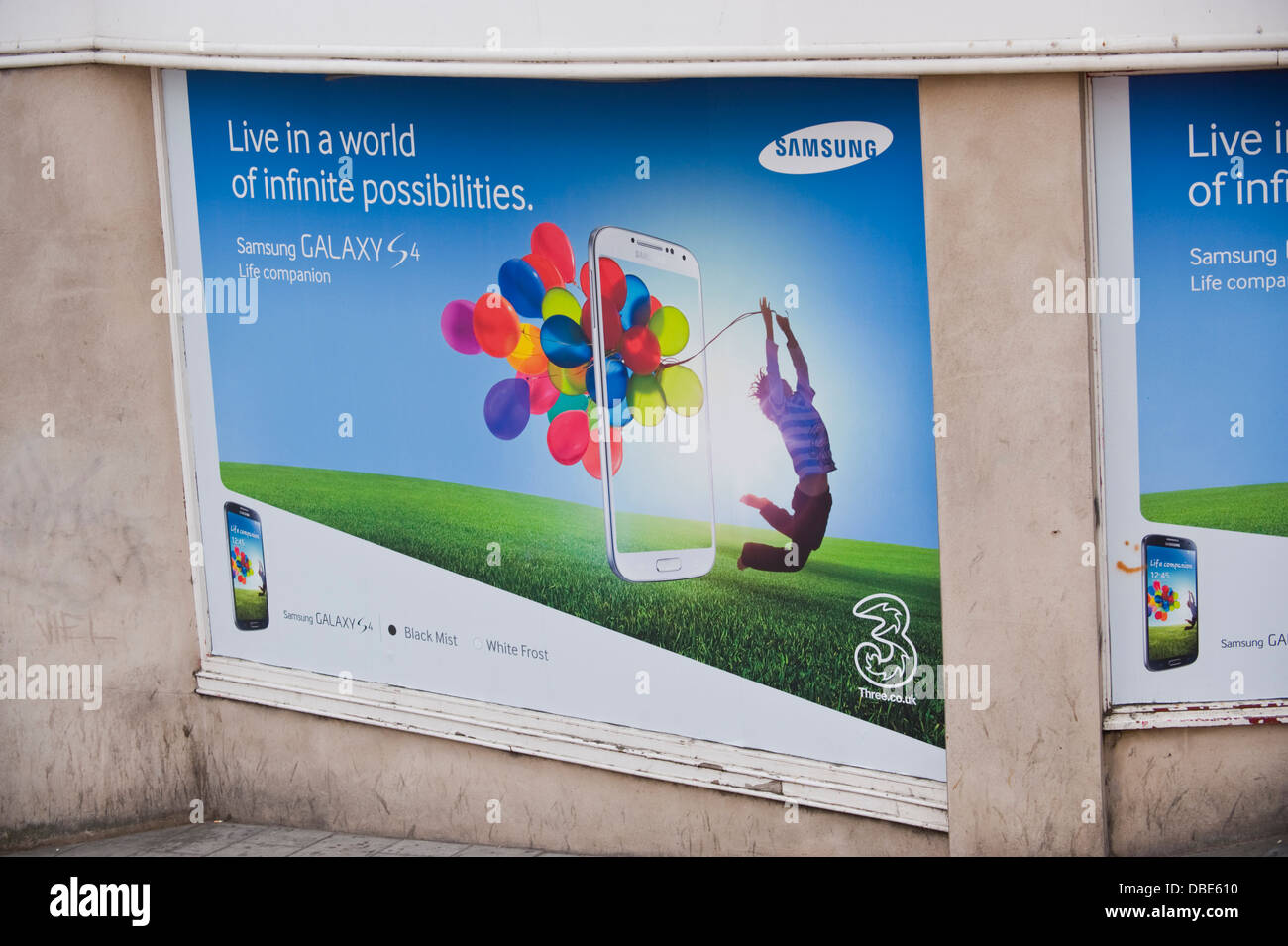 Samsung Galaxy S4 smartphone advertising billboard site on side of building in Brighton East Sussex England UK - Stock Image