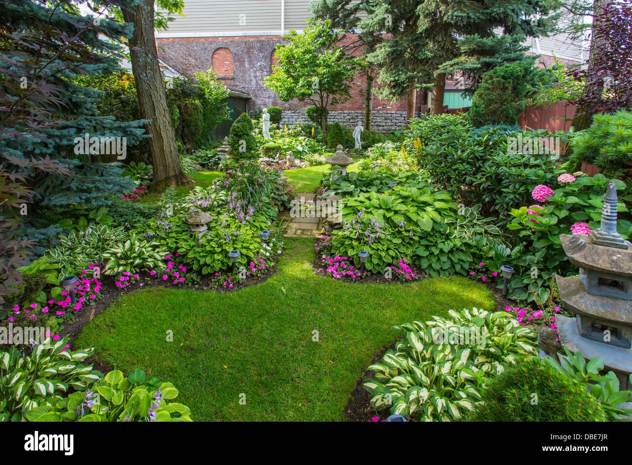 Garden Walk Buffalo Cottage District 5: Gardens In Cottage District Part Of GardenWalk Buffalo NY